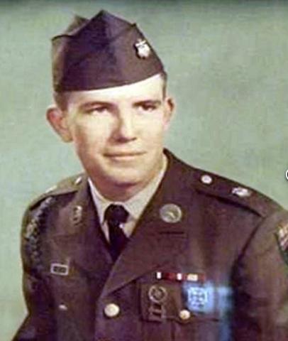 Robert Eugene Whitten